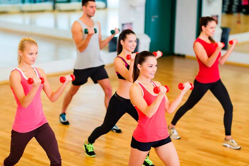 Заниматься спортом приятнее в удобной и красивой одежде